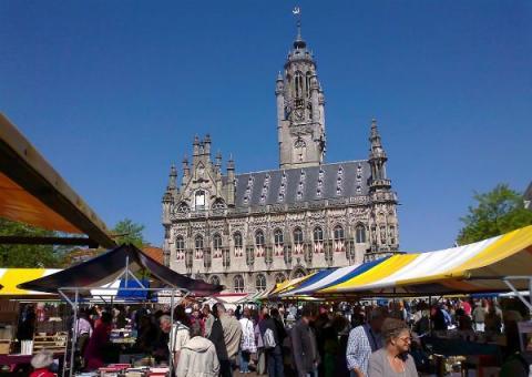 Boekenmarkt in Middelburg